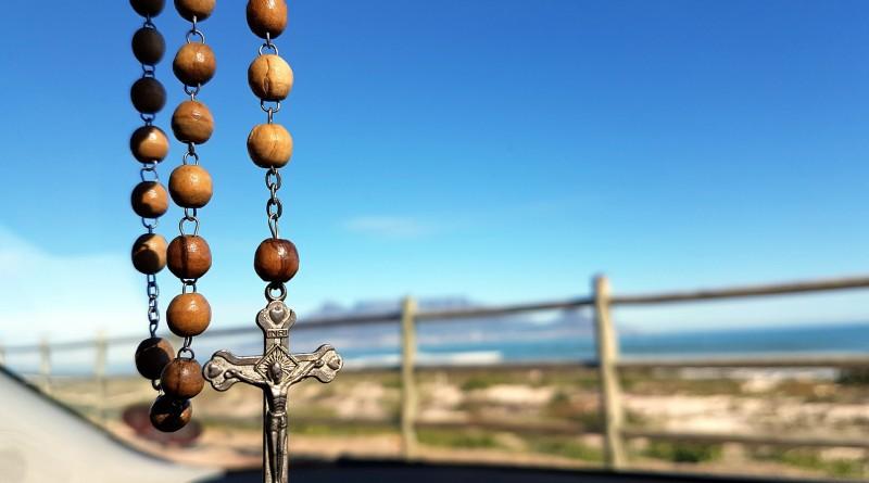 rosary-1566816_1920